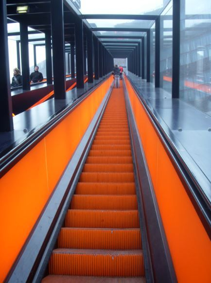orange Rolltreppe, Zeche Zollverein - Foto: S. Hopp