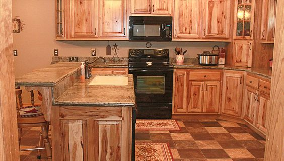 Oak, Knotty Alder, Rustic Cherry, Rustic Hickory, Maple, Clear