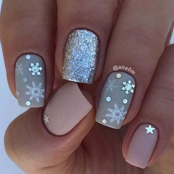 Beautiful Snowflake Holiday Nails