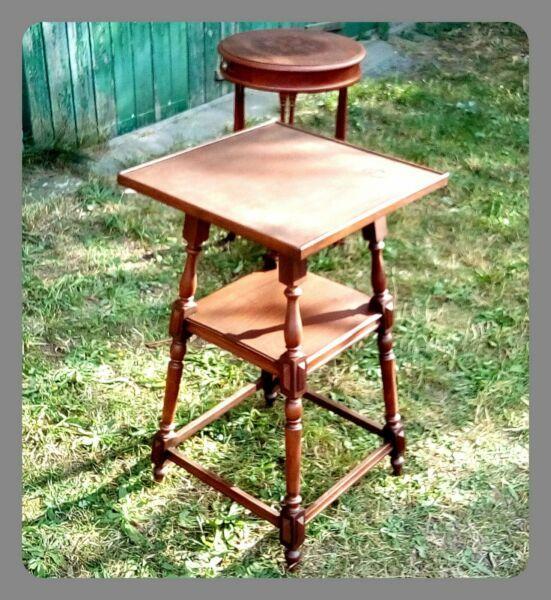 Klein Antik Tisch Tischchen Beistelltisch Holz Braun Viereckig Klassisch Historischoriginal Der Zeitold Beistelltisch Holz Antike Beistelltische Beistelltisch