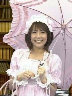 ロリータファッションの小林麻耶