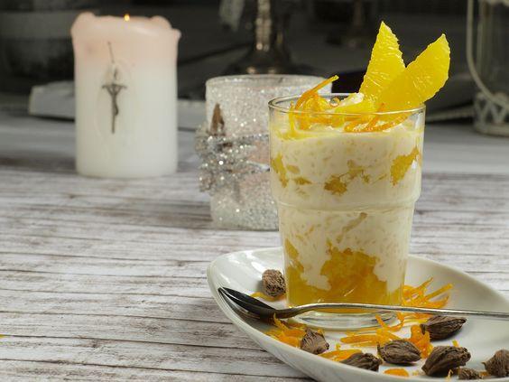 So erstellt ihr das Eierlikör Rezept mit Zironeneis und Blue Curacao. Super leckeres Getränk mit Likör aus Eiern.
