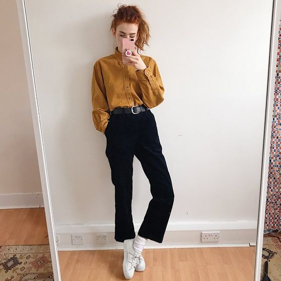 Beautiful deep navy blue chunky cord trousers, high waisted - Depop