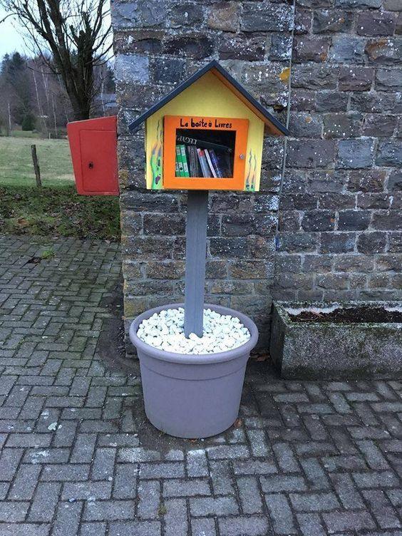Boite à livres de Bastogne 12