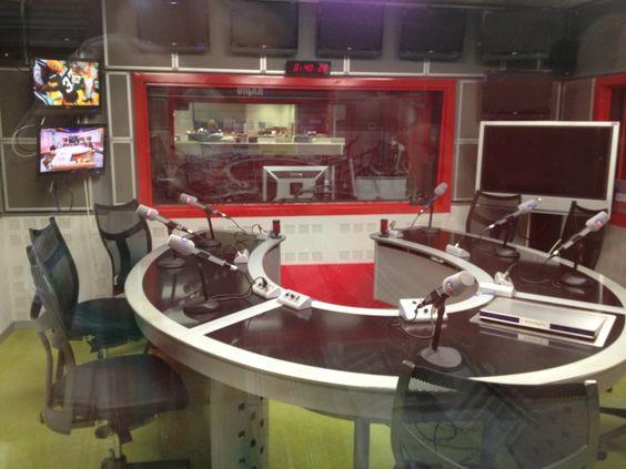 locutorio radio desde lado trasero 1