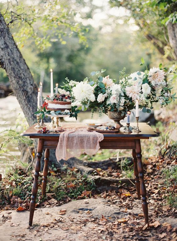 Gorgeous table setting. Chris Isham Photography.