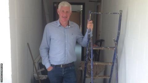 Nigel Worthington: Ex-Northern Ireland boss happy at Fakenham Town