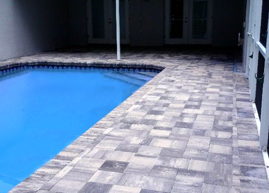White Pewter Traverstone Pavers Gives The Look Like Slate But With Brick Pavers Brick Pavers Pool Pavers Patio Deck