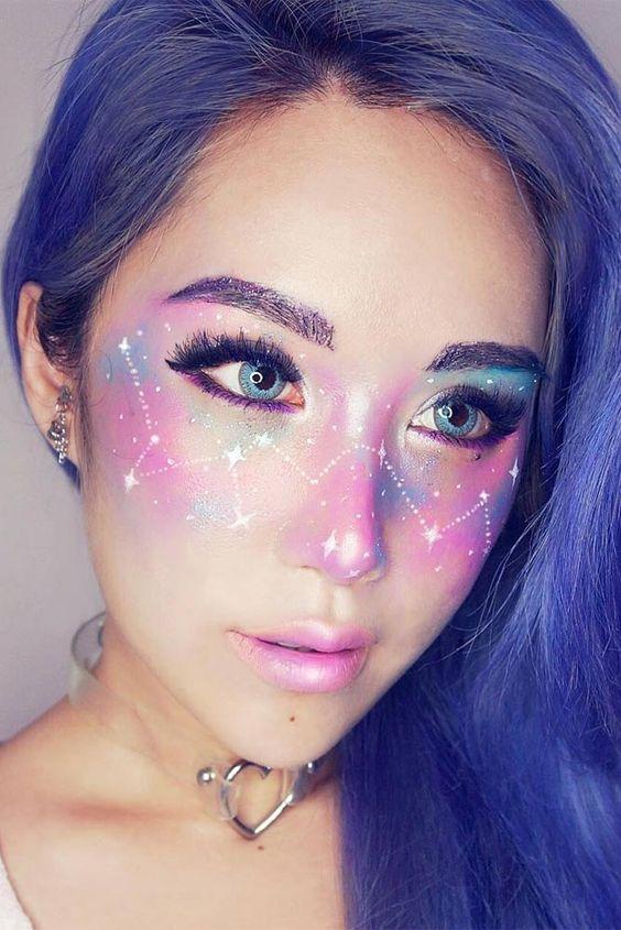 21 Galaxy Makeup Looks - Creative Makeup Ideas for Extraordinary Girls ★ See more: http://glaminati.com/galaxy-makeup-looks/: