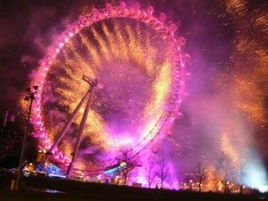 Step by Step List of Venues for New Year Eve Fireworks in London  #London #stepbystep