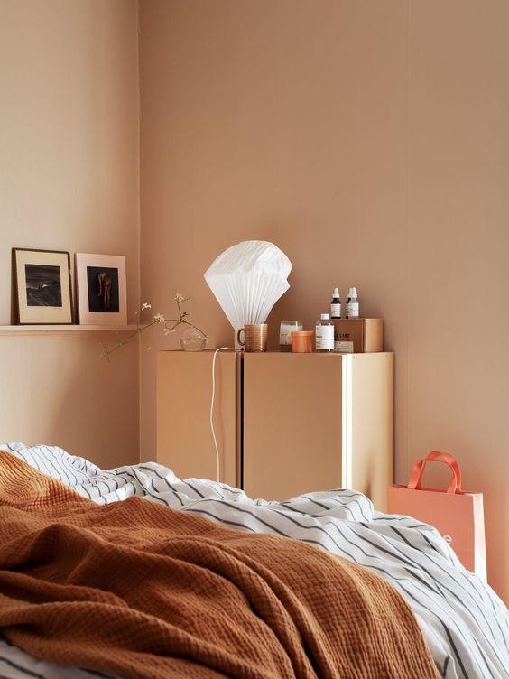 slaapkamer roze muur