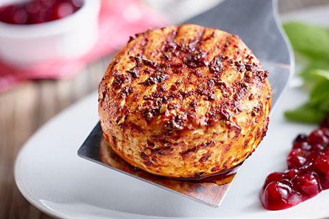 Jeśli jeszcze nie próbowałeś camemberta z grilla w marynacie z tymiankiem, koniecznie sprawdź nasz przepis!: