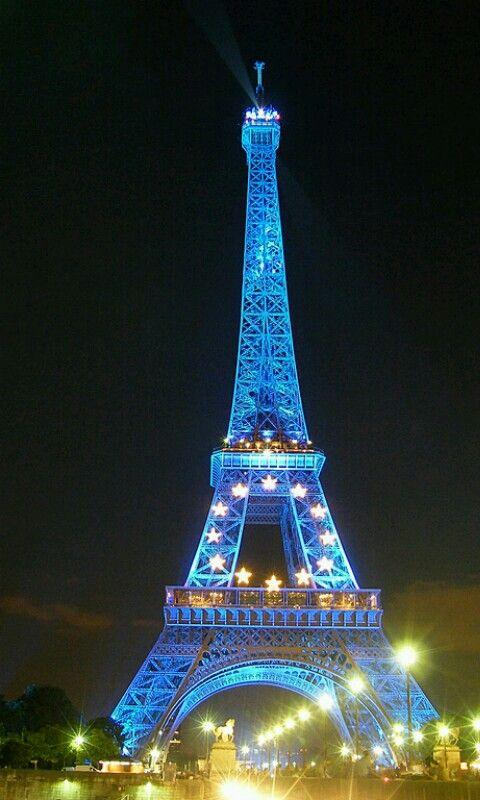 Eiffel azul
