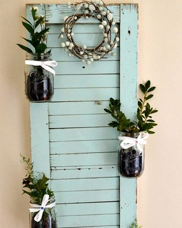 Wow! I love this DIY Mason jar shutter garden. This would be awesome inside or out!