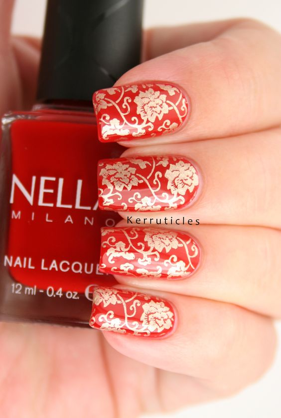 Red and gold Chinese pattern nails using Nella Milano Scarlet Heat, stamped in gold with Bundle Monster BM-XL151, the China plate.: