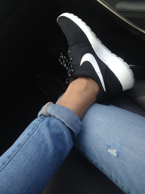 zwarte nike sneakers dames nike dames wit