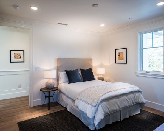 Love The Simplicity Of This Bedroom The Area Rug Is Simple But Adds Some Color With The Hardwood Flooring The Area Rug Gorgeous Bedrooms Bedroom Home Decor