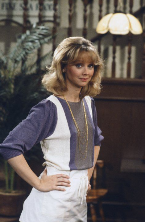 Pictures & Photos of Shelley Long - IMDb