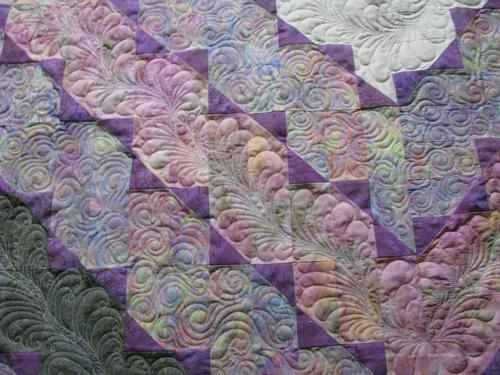 Quilt by Harriet Carpanini  http://www.handiquilter.com/glog/harriet/2010/6/27/another-job-done/
