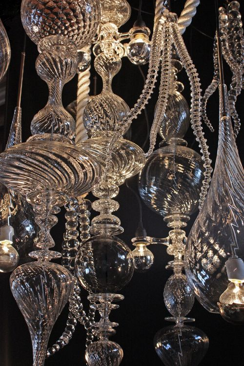 andy-paiko-chandelier-detail
