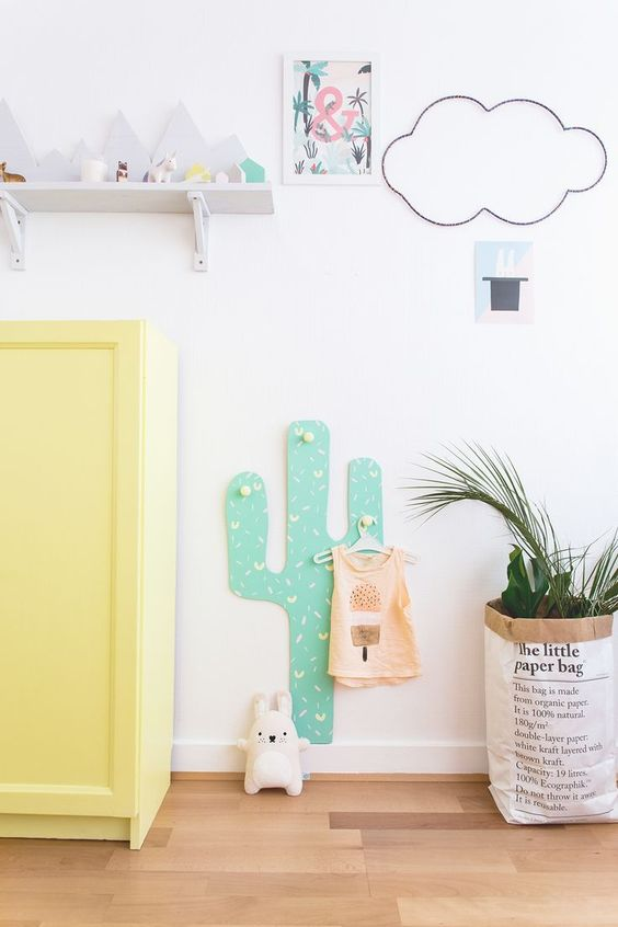 DIY Cactus hooks hanger for kids ◊ Carnets Parisiens: