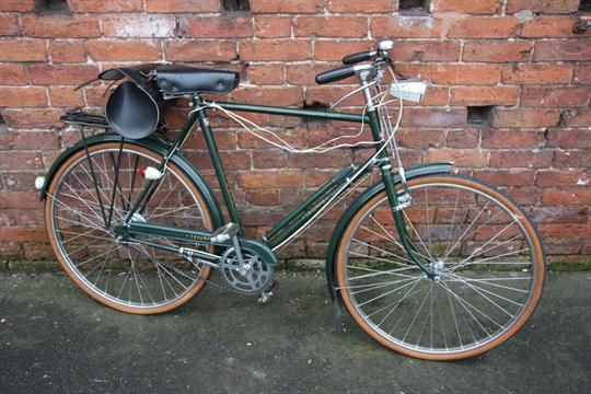 A Vintage Triumph Roadster Gentlemans Bicycle Green Livery Frame Size 20 Old Bicycle Vintage Bicycles Bike Ride