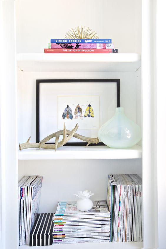 Styled bookshelf with stacked magazines Sweet Shelf Styling