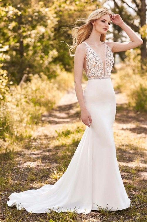 V Neck Sleeveless Fit And Flare Wedding Dress With Lace Bodice Kleinfeld Bridal Lace Bodice Wedding Dress Bodice Wedding Dress Fit And Flare Wedding Dress