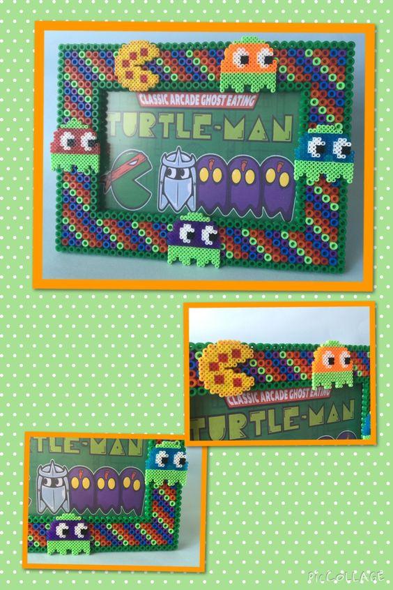 """Cuadro hecho con hama beads de Pacman/Turtle. Pregúntanos precio sin compromiso!! Podéis encontrarnos en Facebook """"D&B Artesanías"""""""
