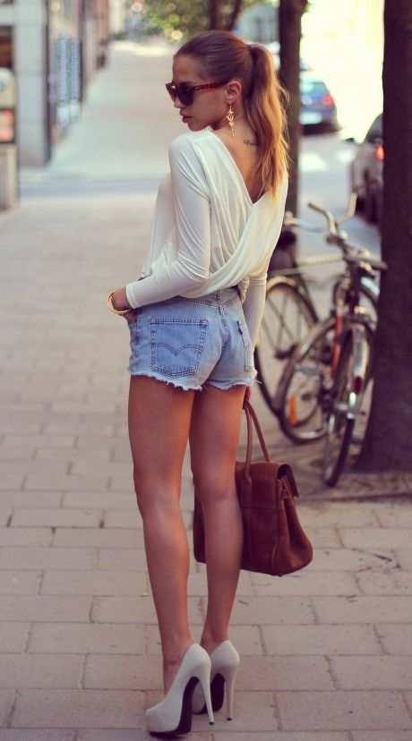 High Heels und Shorts