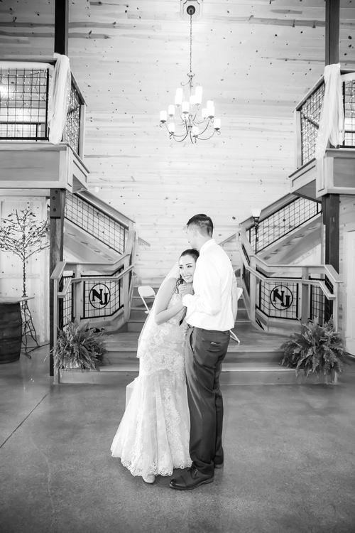 Nickajack Farms Summer Wedding Akron Ohio Wedding Photographer Ohio Wedding Venues Ohio Wedding Photographer Ohio Wedding
