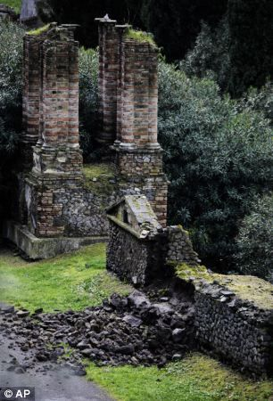 Ruins of Pompeii are collapsing because of heavy rains