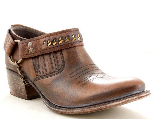 Low-cut Corona cowboy boots by Sendra (via @Allens Boots) | Allens ...