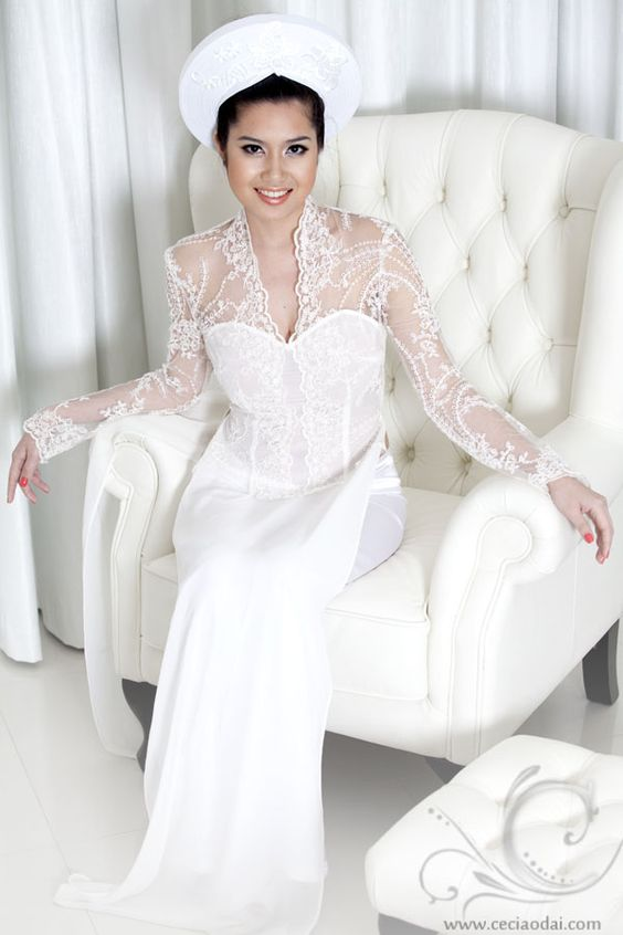 Vietnamese Wedding White Lace Ao Dai www.ceciaodai.com kate Middleton top, may be with a train tail am more lace lower