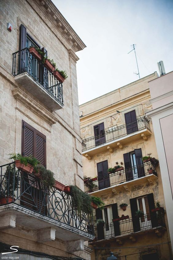 Discover more images picturesque Bari in #sisterMAG n°7. Photo: Cristopher Santos