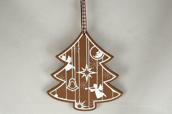 Wooden Christmas Tree Decoration x 1 Piece! Xoxo  http://theribbonroom.co.uk/88029-wooden-christmas-tree-decoration.html