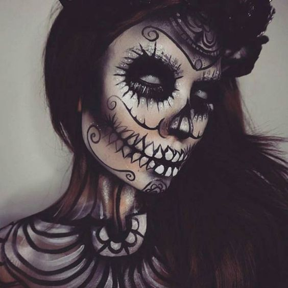 Black Sugar Skull Halloween Makeup: