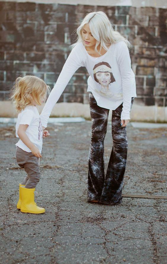 CARA LOREN in Show Me Your Mumu