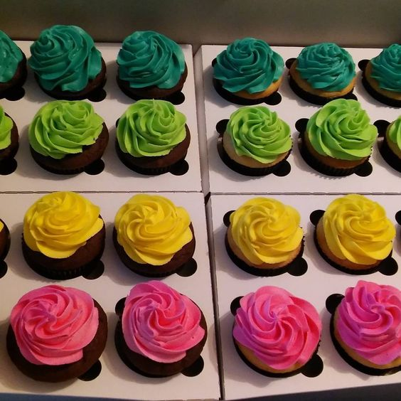 Neon birthday cupcakes for a glow in the dark bowling party! (half chocolate…