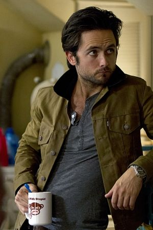 Justin Chatwin leaving Showtime's 'Shameless' | TheCelebrityCafe.com