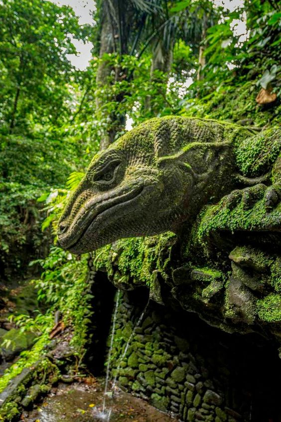 Stone Quardian - Sacred Monkey Forest - Ubud - Bali: