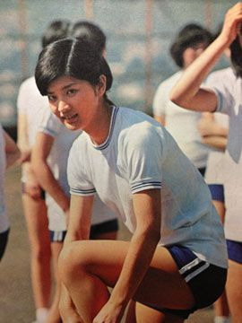 桜田淳子の水着の高画質な画像19