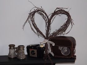 Me and my shadow: How to make rustic twig heart wreaths