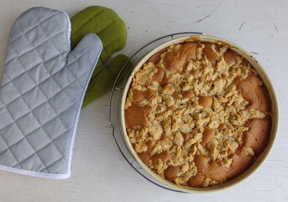 So lecker!  Super saftiger Zwetschgen-Streusel-Rührkuchen