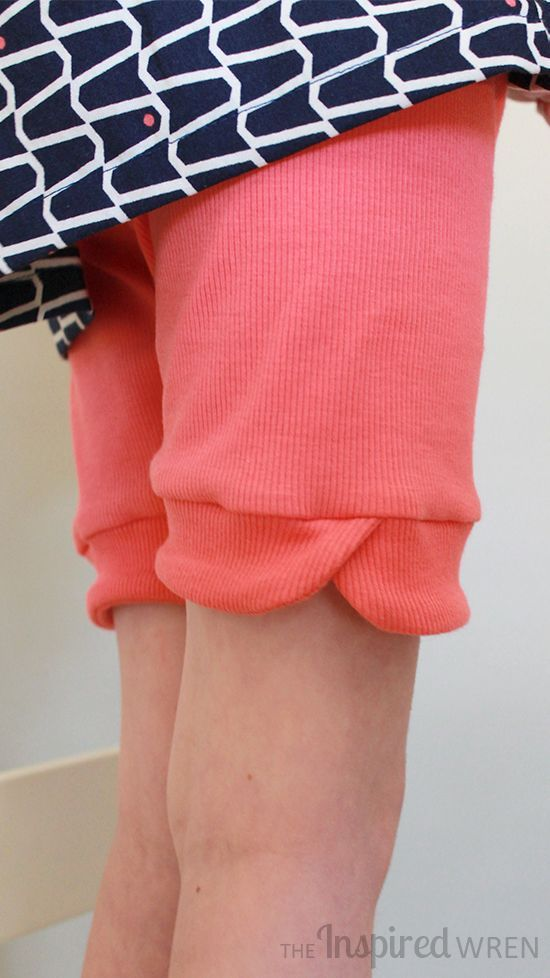 Tulip-Cuff detail sewn on Go To Leggings from Go To Patterns | The Inspired Wren