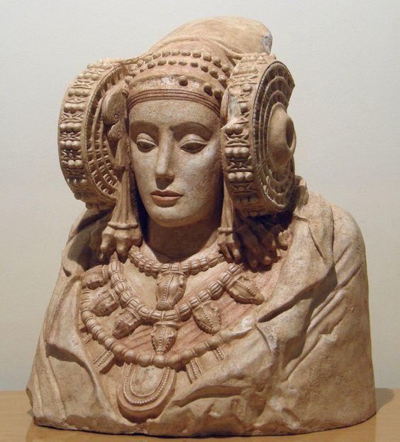 Dama de Elche. 57 cm