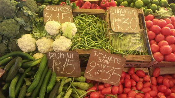 zucchini, tomate, coliflor, morrón rojo, chaucha (esp) X abobrinha, tomate, couve-flor, pimentão vermelho, vagem