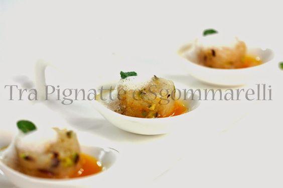 Tartare di scorfano e pistacchi, con aria di tè verde alla menta e riduzione di mandarino tardivo di Ciaculli e zenzero | Tra pignatte e sgommarelli