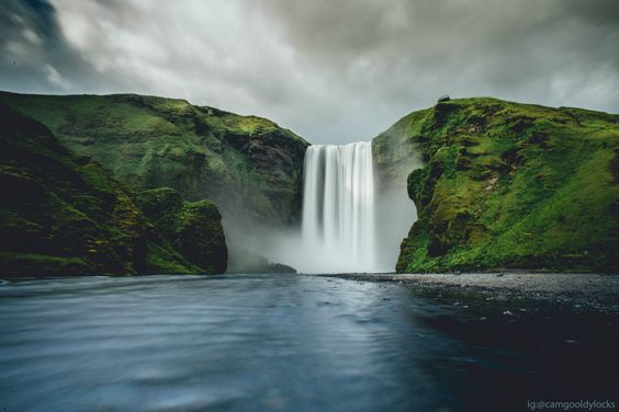 Iceland lives up to the hype. Skogafoss Iceland [OC] [4512x3012] via /r/EarthPorn http://ift.tt/1ITbk4W