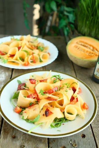 cantaloupe  chorizo salad recipes